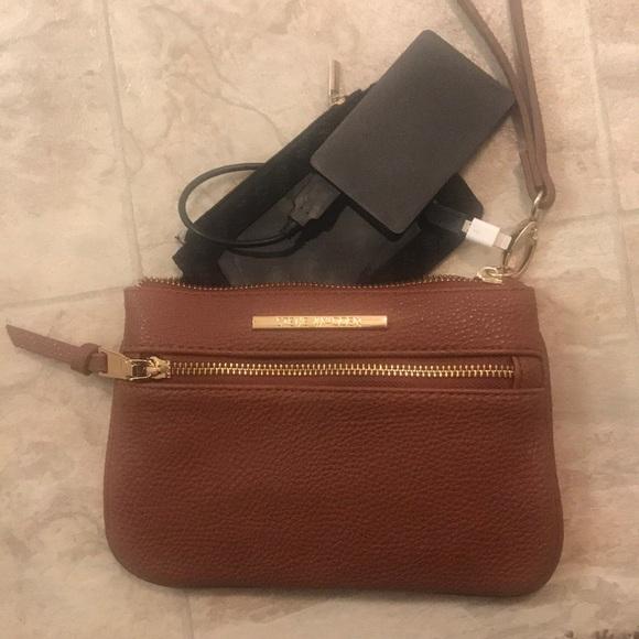 Steve Madden Handbags - Steve Madden clutch